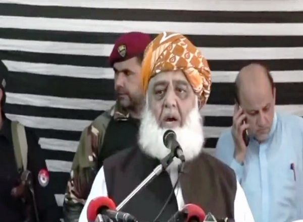 Pakistan now contemplating on how to save Muzaffarabad: Maulana Fazlur Rehman