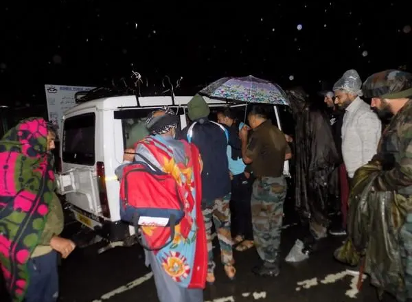 J&K: Army rescues 41 civilians stranded due to heavy rains in 3 hour long operation