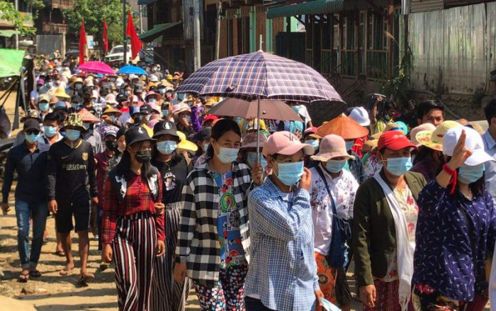 Fears for supplies in Myanmar as exodus grows from fighting