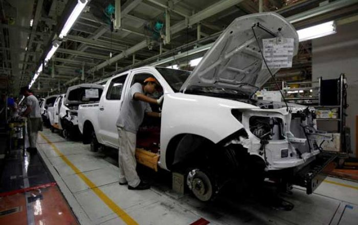 Booming autos exports help plug gaping tourism hole